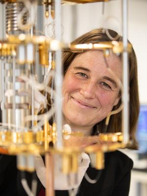 "Prof. Dr. Ursula Wurstbauer (Copyright ""WWU - Peter Leßmann"")"