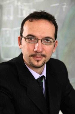 Prof. Fabrizio Carbone